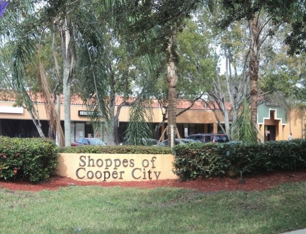 Shoppes at Cooper City